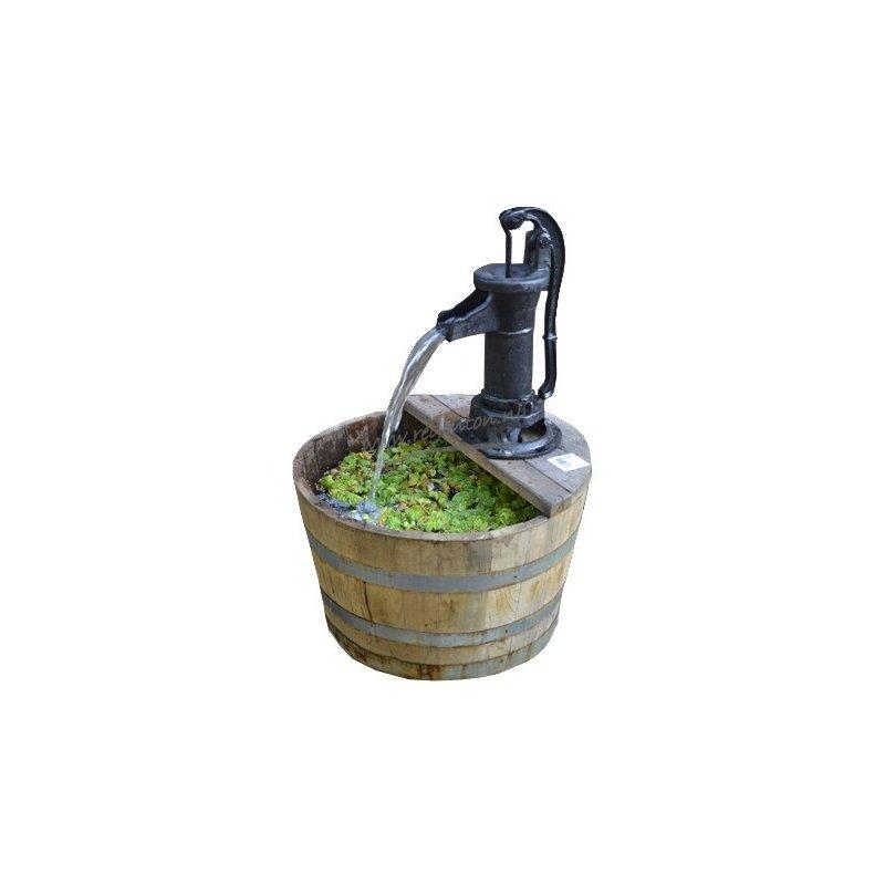 Viinitynnyri ja rautapumppu