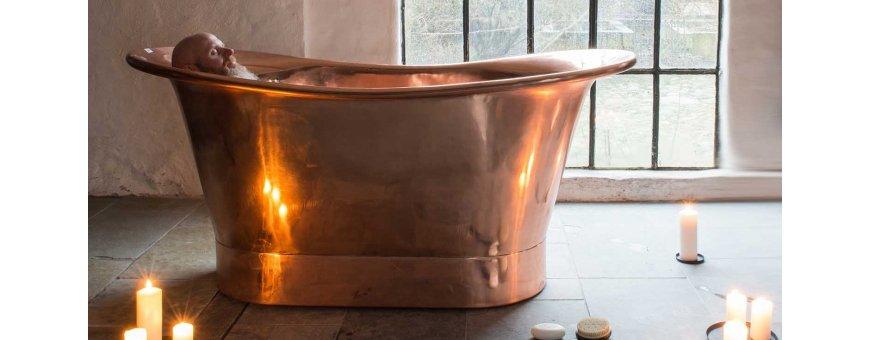 Kylpyamme saunaan - Pienempäänkin kylpyhuoneeseen mahtuu amme, kun sen yhdistää saunaan.
